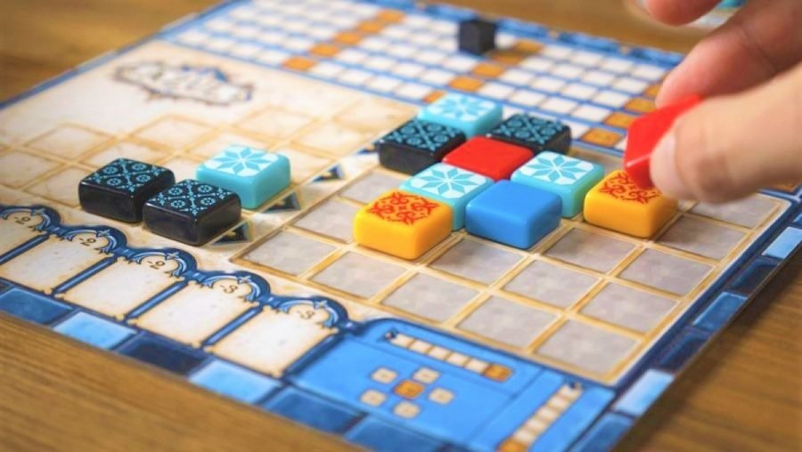 Best Board Games for Adults main image Azul